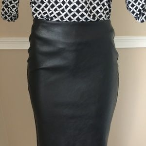 Sexy Pleather Front Pencil Skirt
